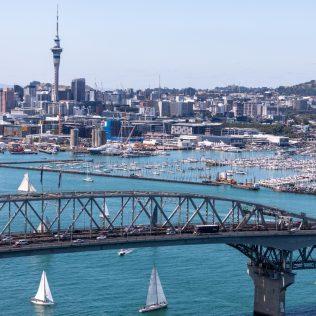 Auckland Harbour Bridge Lane Closures